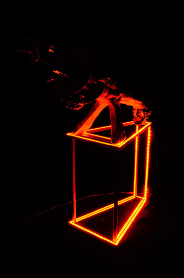 Weapon from No Mind series/metal, plaster, copper tubes, glass, LED, acrylic with transparent color coating/ 130.120.42 cm/2011